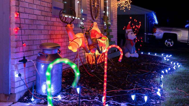 logan-elm-village-christmas-lights-121.jpg