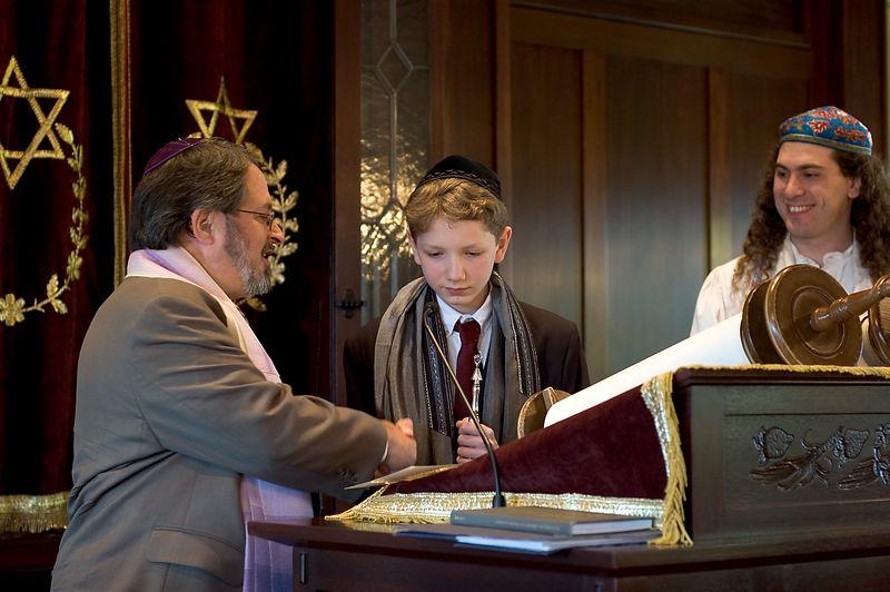 Mazel Tov   (May 28, 2005, 10:05am)