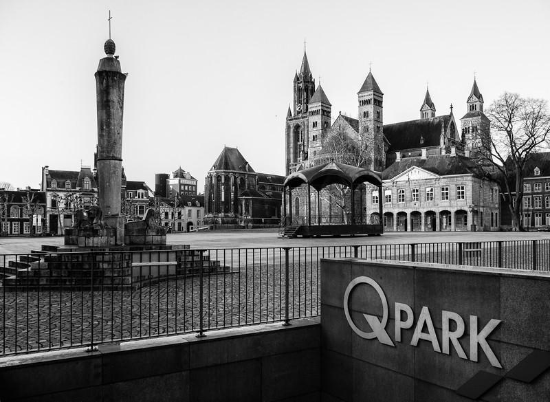 Fotoworkshop zwart-wit kijken in Maastricht_02022014 (5 van 64).jpg