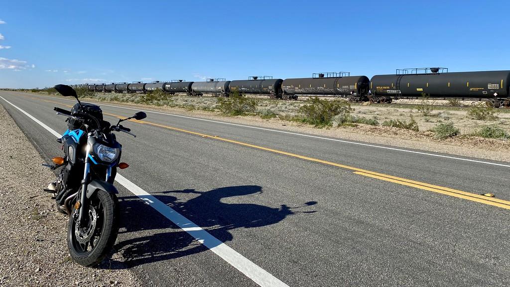 yamaha mt07 on route 62 near rice california - train cars