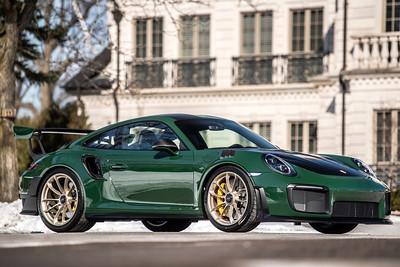 Porsche GT2RS British Racing Green