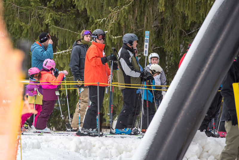 Opening-Day_1-3-16_Snow-Trails-7918.jpg
