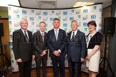 Deputy First Minister Martin McGuinness, Kevin Cunningham, Brian Conlon, First Minister Peter Robinson and Minister Arlene Foster pictured at First Derivitives. R1426029