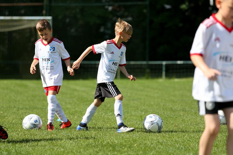 hsv_fussballschule-018_48047947896_o.jpg