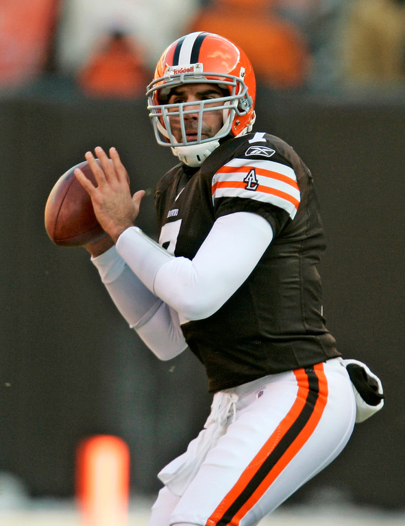 . Associated Press file Bruce Gradkowski, who was signed by the Browns 23 days ago, will be their fourth starting quarterback this season when Cleveland closes its season Sunday at Pittsburgh.� Original Caption: ** FILE ** In this Dec. 21, 2008 file photo, Cleveland Browns quarterback Bruce Gradkowski looks to pass during an NFL football game against the Cincinnati Bengals in Cleveland. Gradkowski is going home to Pittsburgh on a business trip that won\'t mix in any pleasure. With Ken Dorsey to miss Cleveland\'s season finale against the Steelers because of a concussion, Gradkowski, a fourth-stringer waived by Tampa Bay and St. Louis earlier this season, will make his first NFL start since 2006 on Sunday.  (AP Photo/Tony Dejak, File)