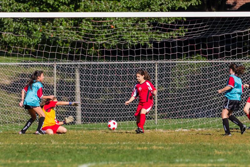 2013-09 Natalia soccer 1679.jpg