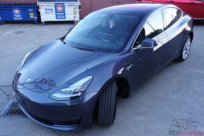 Tesla Model 3 - Midnight Silver Metallic 2