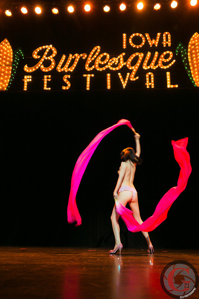 burlesque day2 edits (234 of 123).jpg