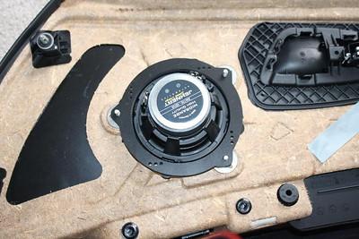 2010 BMW 335i Front Door Speaker Installation - USA
