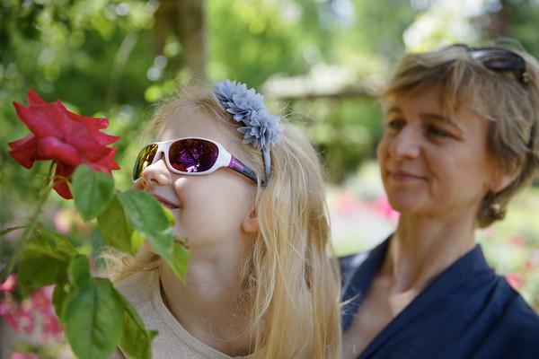 Route de la rose - fille et mère