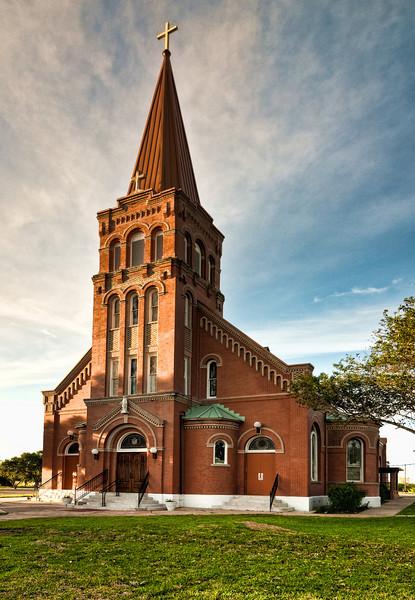 Holy Cross In Yorktown