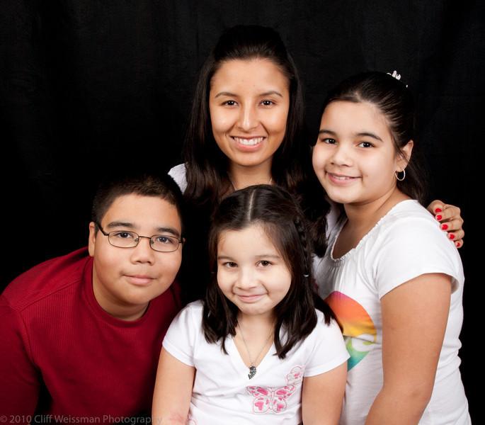 Fuentes Family Portraits-8434.jpg