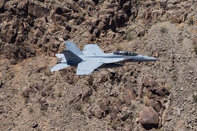 McDonnell Douglas F/A-18 Hornet and Boeing Super Hornet (All Variants)