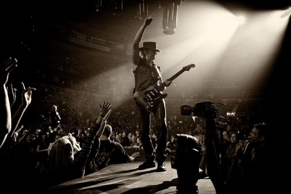 . March 13, 2013 - Bon Jovi guitarist Richie Sambora performs on stage with his band at the Scottrade Center in St. Louis, MO on March 13, 2013.  (Photo credit: David Bergman / Bon Jovi)