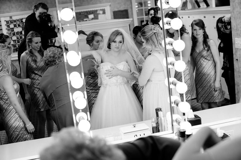 Torres Wedding _Getting Ready  (133).jpg