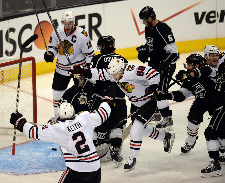 . Blackhawks players celebrate their first goal of the game during Game 6 of the Western Conference finals against the Kings at the Staples Center on Friday, May 30, 2014. (Photo by Hans Gutknecht/Los Angeles Daily News)