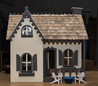Bobby's Dollhouse 2-17