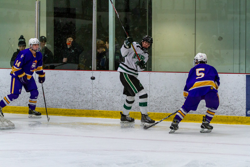 Holy Family Boys Varsity Hockey vs. Cloquet - Collin Nawrocki/The Phoenix