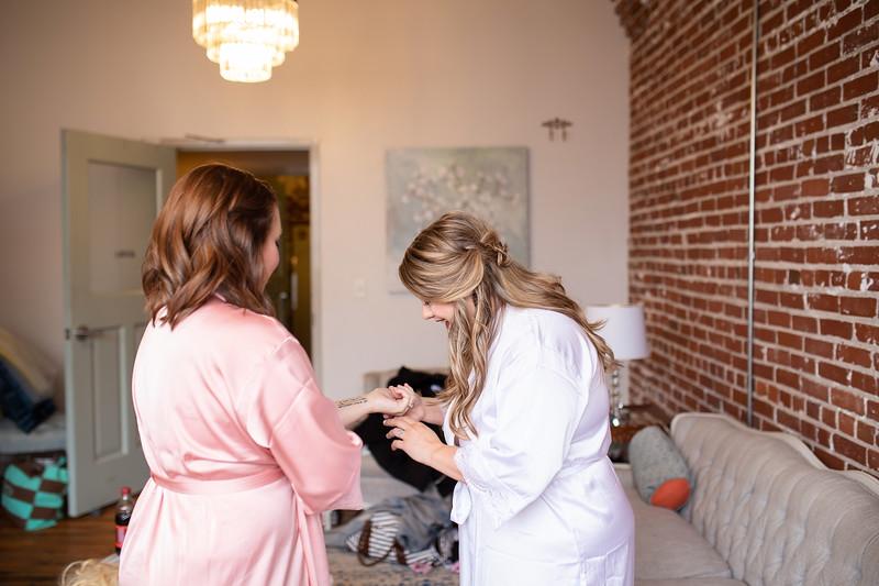 Kathryn getting ready K&M-79.jpg