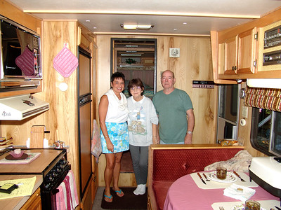 2004-9-9 Original Camper & Owners