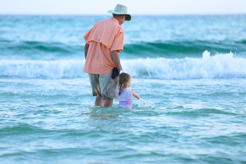 Harper at the beach-38.jpg