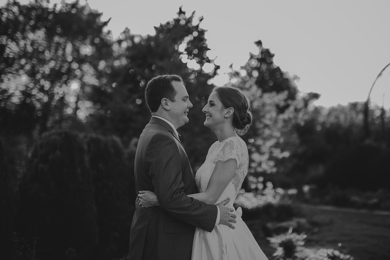 Amy+Andy_Wed-0500 (2).jpg