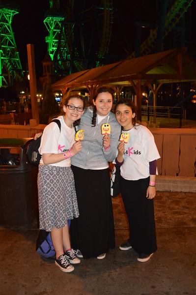 kars4kids_thezone_camp_GirlDivsion_trips_AmusementPark (22).JPG