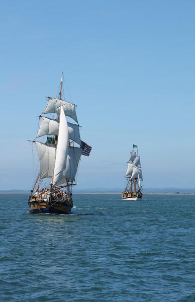 Lady Washington & Hawaiian Chieftain Sail Together