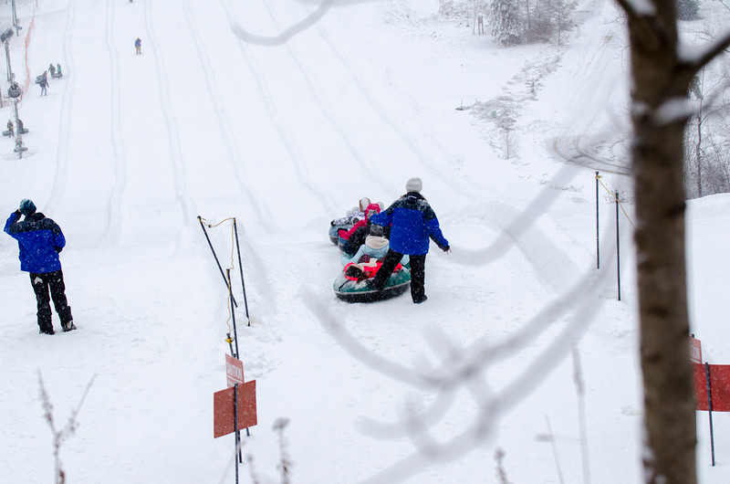 Opening-Day-Tubing-2014_Snow-Trails-71098.jpg