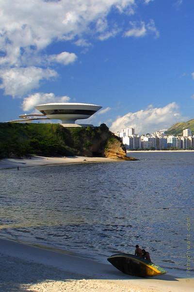 rio de janeiro: Museu de Arte Contemporânea de Niterói