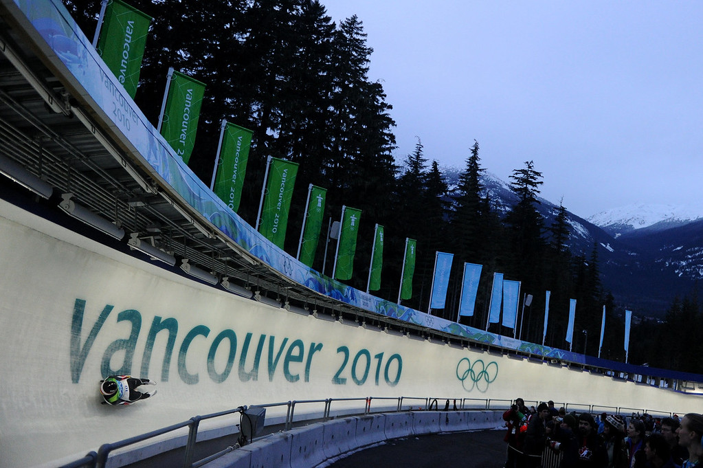 . Germany\'s Natalie  Geisenberger competes during the women\'s Luge Singles run at Whistler Sliding Center on February 15, 2010 during the Vancouver Winter Olympics.  AFP PHOTO / OLIVER LANG