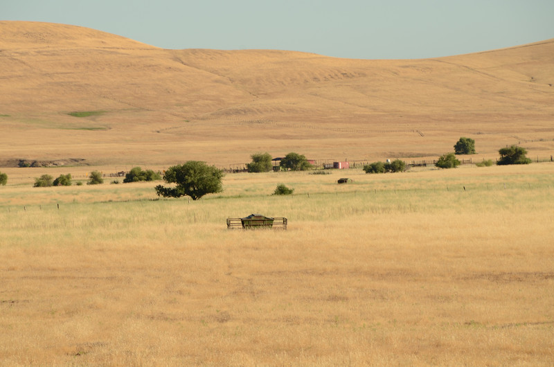 Outskirts of Oroville and the return to the Sacramento Valley (mile 650)