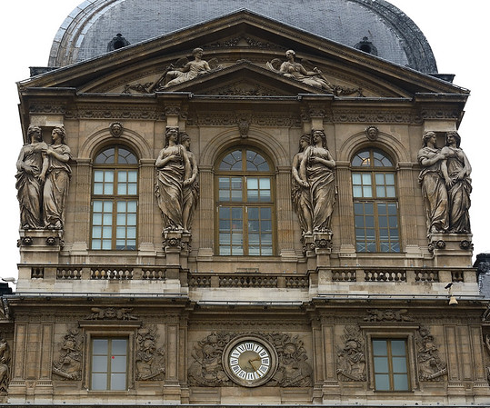 Lourve Palace