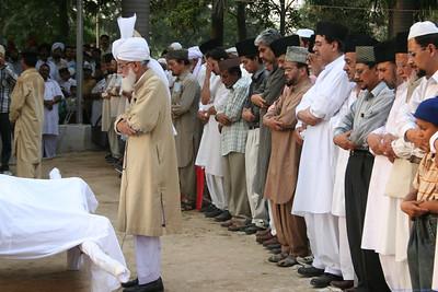 Sahibzada Mirza Waseem Ahmad Sahib - Funeral Pictures