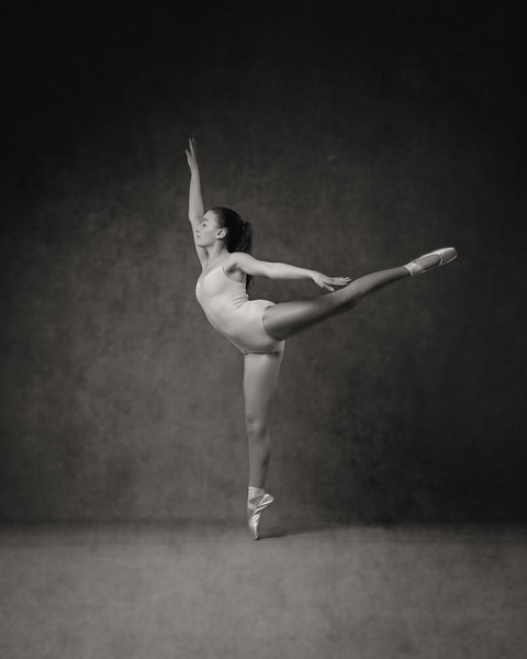 Sara McDonald - dancer
