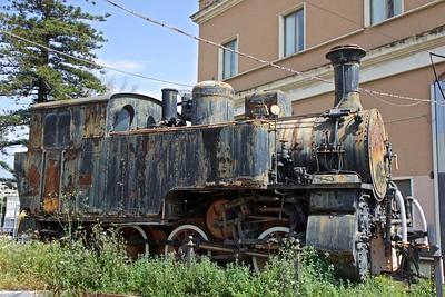 2015-04 Catania Train Station