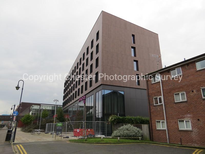 Moxy Hotel: Boughton