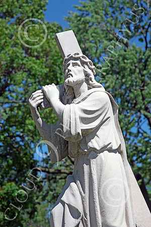 Jesus Christ Carrying Cross Statuary Pictures