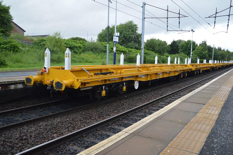 NLU NR97118 Passes Holytown on 6m51 Millerhill-Carlisle  17/07/15.