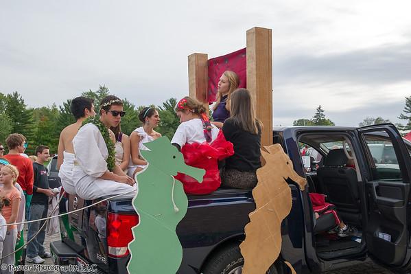 Homecoming Parade and Crowning