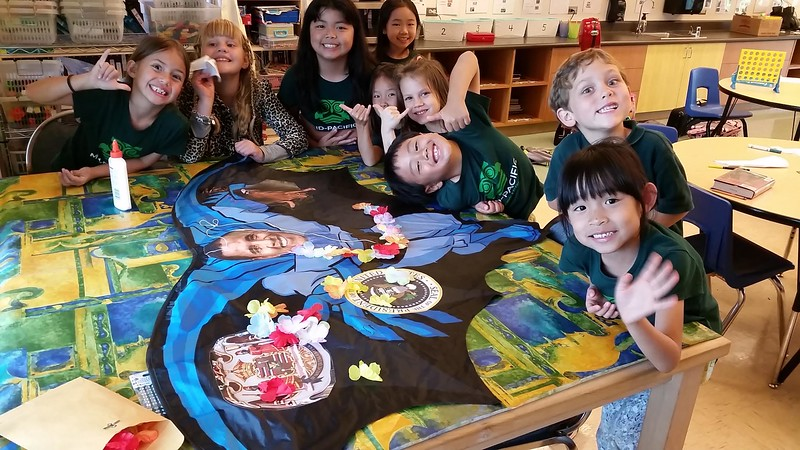Mid-Pacific Kids with POTUS kite__index.jpg