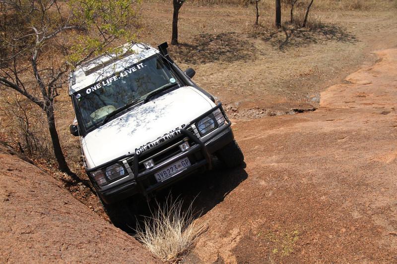 10 12 13_Moegatle SUV_2649.jpg