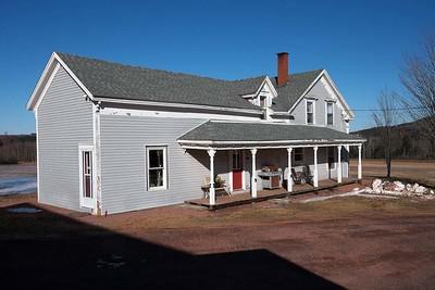 Hanna House, Lakeland, Nova Scotia : Tuesday 13 February 2018