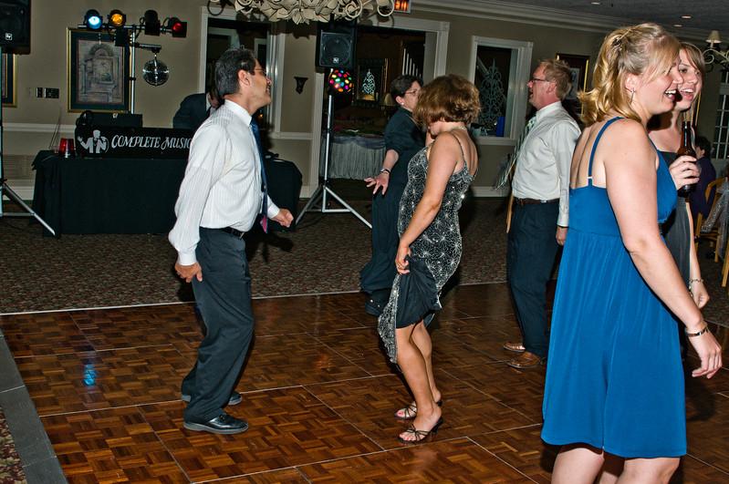 190 Mo Reception - Dance Floor.jpg