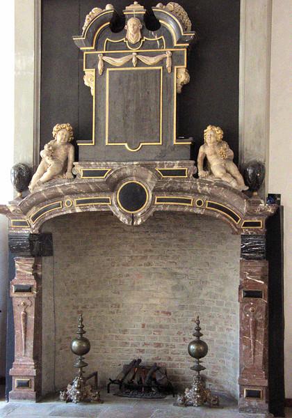 Kronborg Castle fireplace.jpg