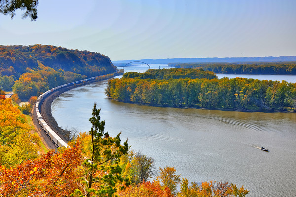 Illinois State Parks - Mississippi Palisades State Park,  Great River Road Scenic Byway
