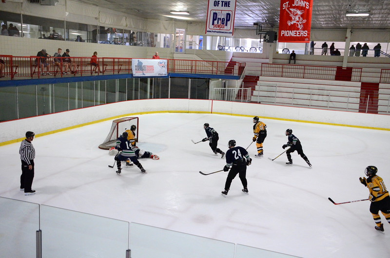 150907 Jr. Bruins vs. Whalers-065.JPG