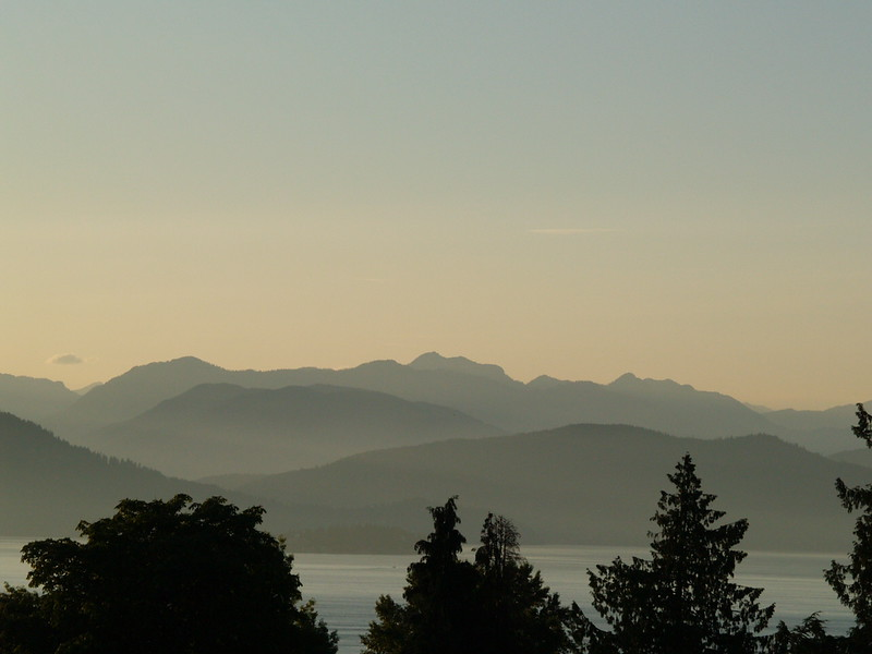 Late July sunset from the UBC Rose Garden (2009).
