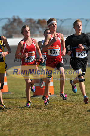 Boy's D3 at 2.8 Mile Mark Gallery 1- 2011 MHSAA LP XC Finals