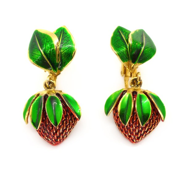 VINTAGE 1960S RED ENAMEL GOLD TONE STRAWBERRY CLIP RETRO EARRINGS